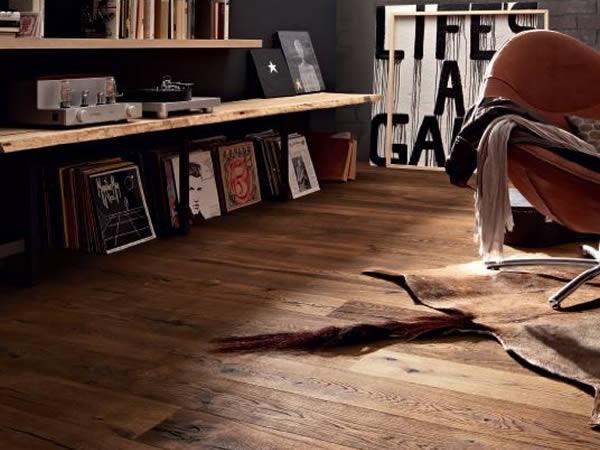 teppich auf parkett legen great parkett laminat vinyl pvc. Black Bedroom Furniture Sets. Home Design Ideas